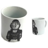 Queens Of The Stone Age: Mugshot Mug